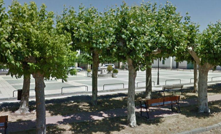 Plaza Mayor de Linares de La Vid