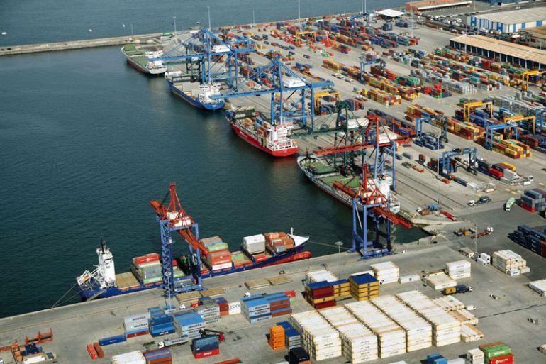 Un trabajador muere atropellado en unas obras del puerto de Bilbao