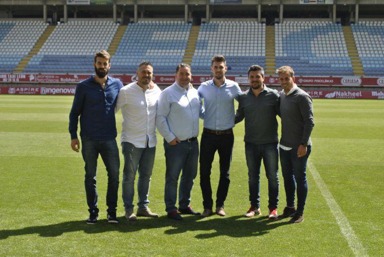 De izquierda a derecha: Vadillo, Masero, Muñoz, Cea, Rincón y Sanz, nuevo cuerpo técnico de la Cultural.