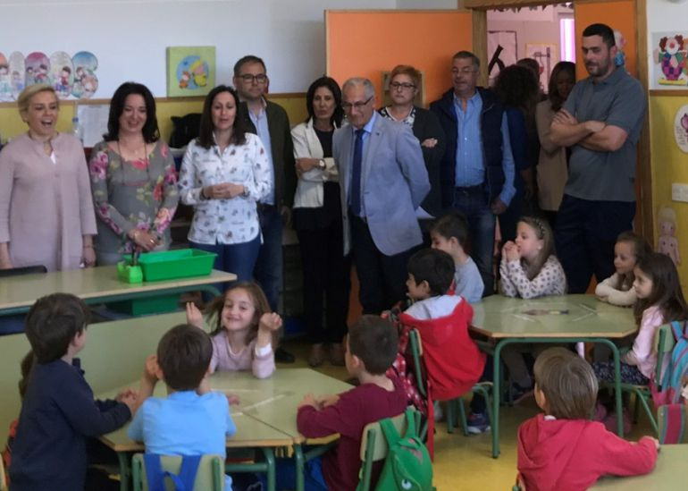 Declaran nulo el cese de profesores interinos para no pagarles julio y agosto
