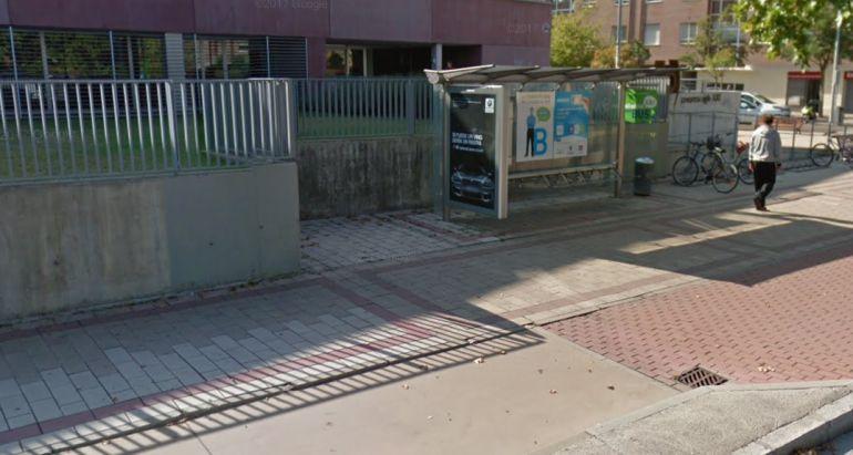 Los hechos han tenido lugar en una parada de autobús junto al CDO Covaresa