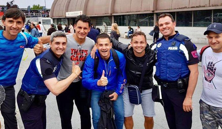 Aficionados y Policías se encontraron en la estación de Nuevos Ministerios antes de recoger las entradas en Getafe.
