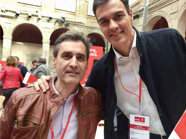 Francho Tierraseca y Pedro Sánchez, en el Comité Federal de PSOE en Alcalá de Henares (Enero 2017)