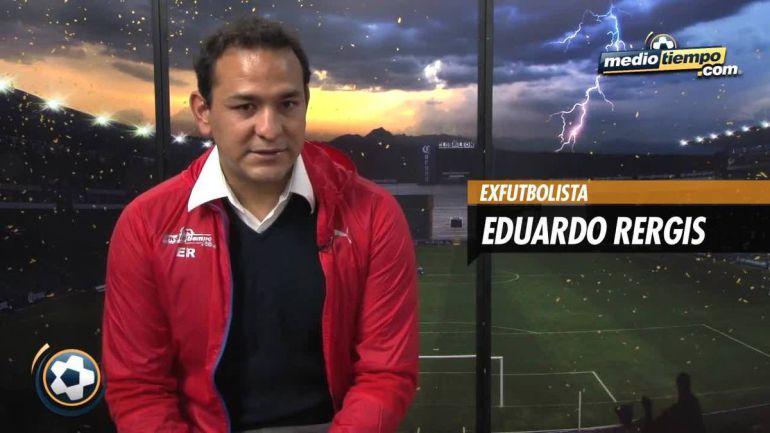 Eduardo Rergis durante una entrevista en un medio de comunicación mexicano.