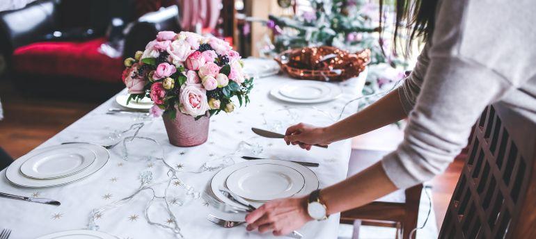 9 consejos para organizar la cena perfecta en tu casa