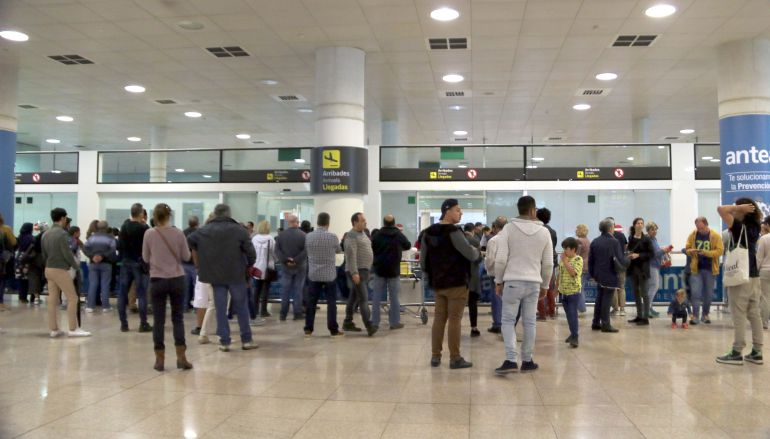 La zona d'arribades de l'aeroport de Barcelona