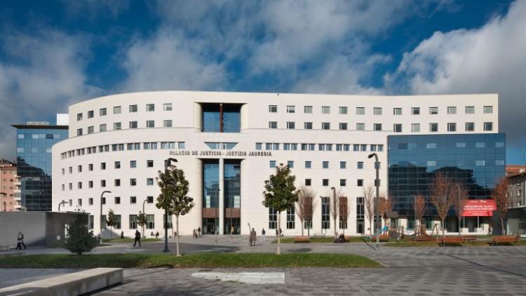 Libertad provisional bajo fianza de 6.000 euros para los condenados de 'la Manada'