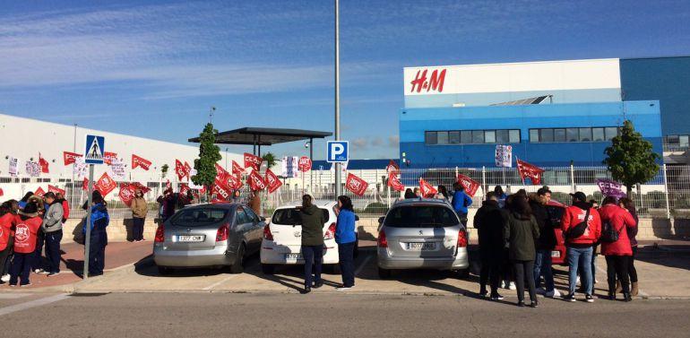 CONFLICTOS LABORALES. HUELGA. H&M: Fin a la huelga en H&M