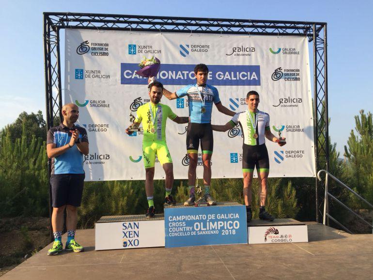 Saúl López, campeón de galicia Elite y Carlos Canal y Andrea García,campeones Gallegos.