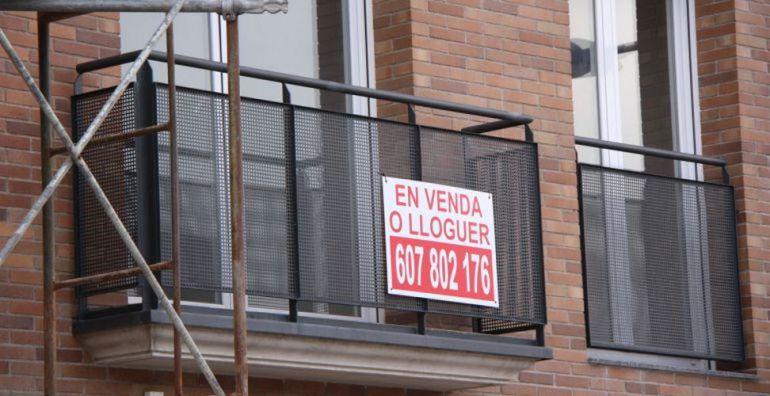 Els barcelonins situen l'habitatge com el segon problema de la ciutat