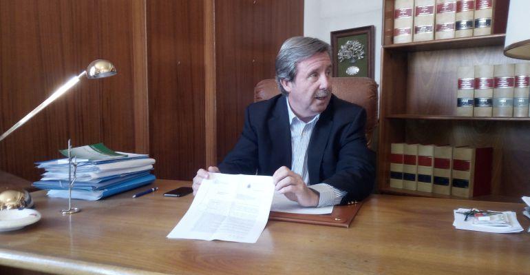 Miguel Ángel García Anguita en una de sus últimas comparecencias ante los medios de comunicación.