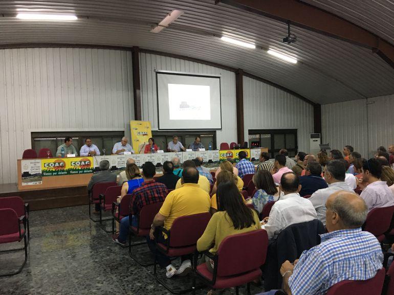 Inauguración del I Encuentro del Sector Ovino en la Cooperativa La Unión de Úbeda
