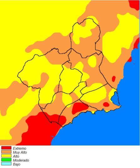 El fuego se ceba con el noroeste justo el día en que se cumplían 24 años del gigantesco incendio de Moratalla de 1994