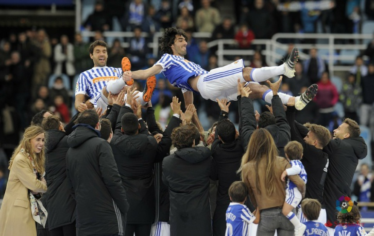 Carlos Martínez se convierte en el cuarto fichaje del Oviedo | Radio ...