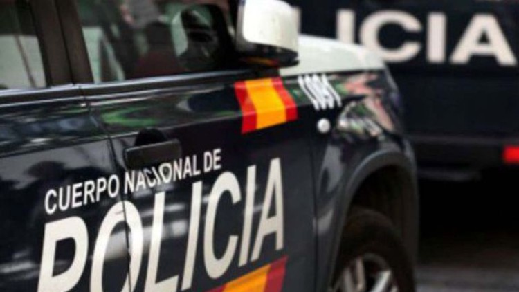 Detenido un hombre que estafó 100.000 euros a un íntimo amigo mediante transferencias bancarias