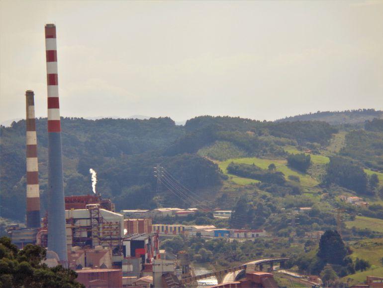 Factoría de Arcelor en Veriña. La industria electrintensiva tiene en la energía entre el 20 y el 40 % del total de sus costes