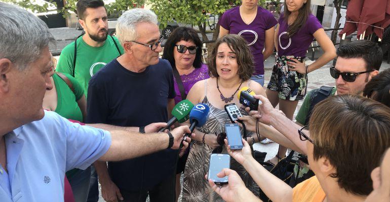 La candidata de 'Defender Podemos Andalucía', Dámaris Pérez, durante la presentación ante los medios.