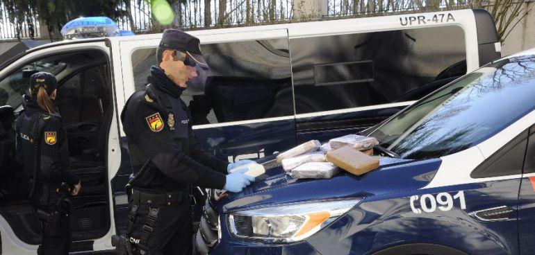 Imagen de una operación antidroga de la Policía Nacional