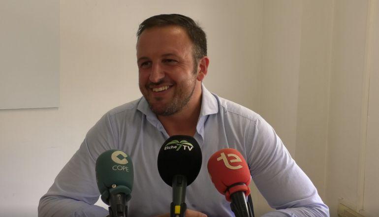 Pablo Ruz asegura que el Partido Popular es el que más ha hecho por los ilicitanos pero que no se saben vender