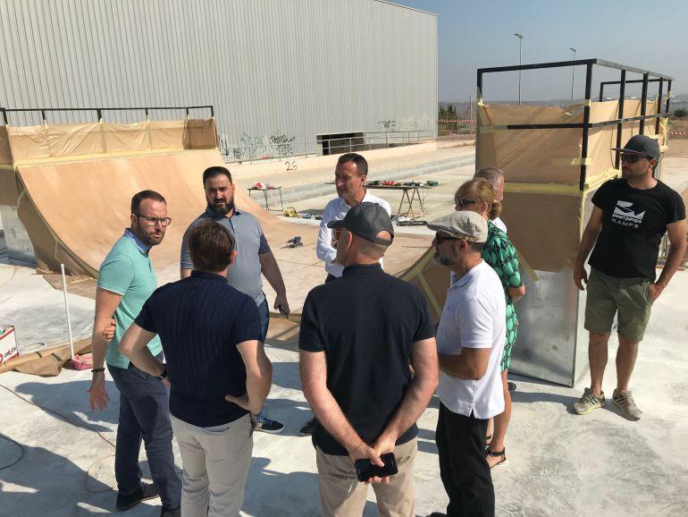 El Ayuntamiento de Elche invierte 50.000€ en un Skate Park para El ...
