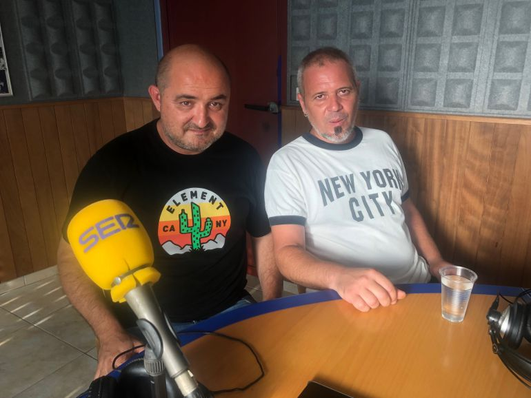Iván Domenech y David Serra durante su visita a la radio