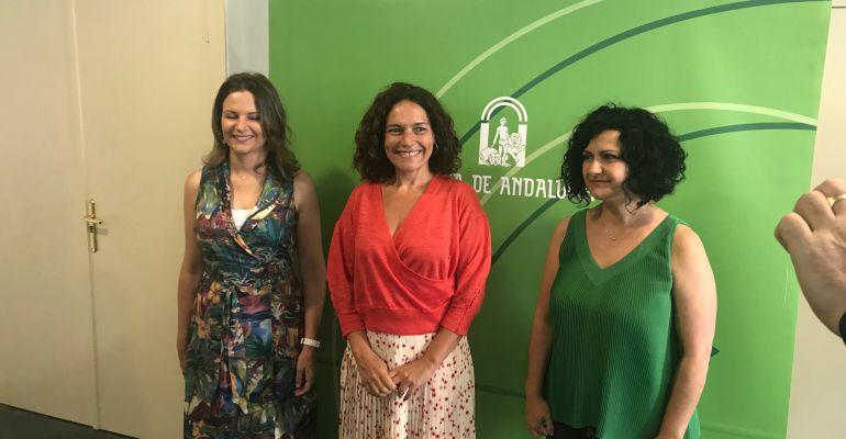 Ana Cobo, Lina Gálvez y Mari Paz del Moral.