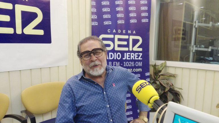 Diego Carrasco, hippytano, en Radio Jerez