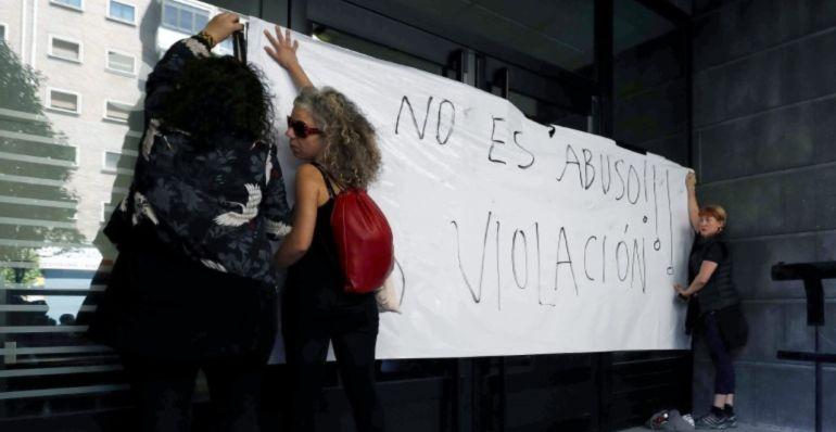 La presidenta del Colegio de la Abogacía pide que la reforma de la ley por abusos sexuales quede clara