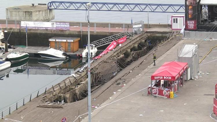 377 heridos, cinco en estado grave, al desplomarse el paseo de As Avenidas en Vigo