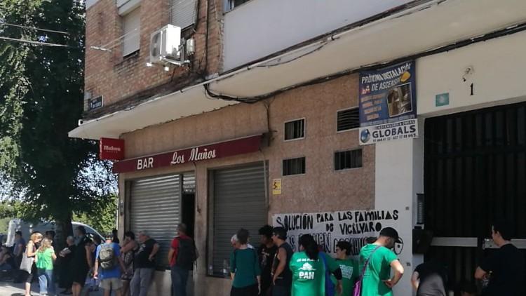 Un juzgado desobedece a la ONU y desahucia a una familia en Vicálvaro