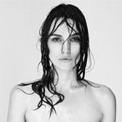 Keira Knightley combate al Photoshop con un 'topless' sin retoques