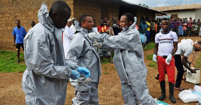 "Foto de la colección ""Ebola in Sierra Leone"" de Samuel Aranda www. samuelaranda.net"