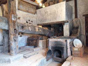 Lagar de cera romano en el Aula Apícola de Azuqueca