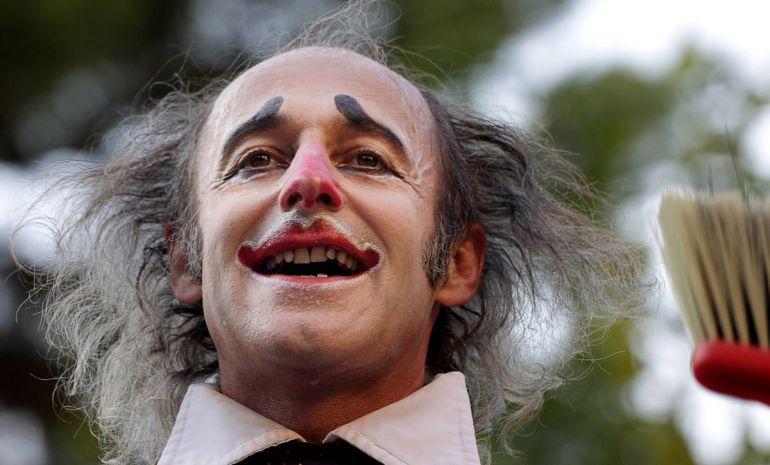 """El actor, clown y pedagogo francés Alain Vigneau recopila toda esa experiencia en su libro titulado """"Clown Esencial"""""""