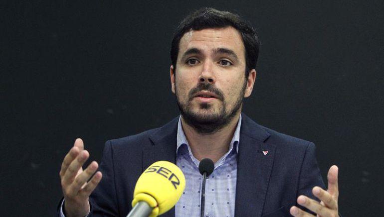 """Alberto Garzón, en la SER: """"La única forma de evitar un gobierno PP-Ciudadanos es sumar fuerzas con Podemos"""""""