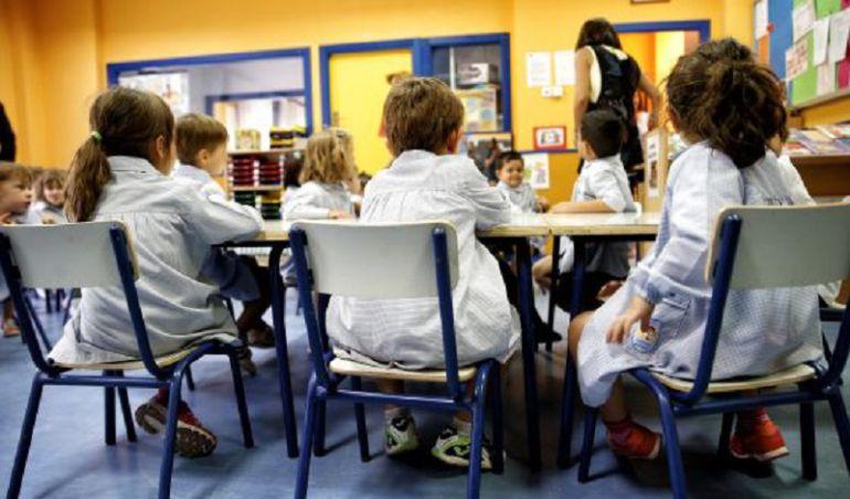 Los niños de Cantabria tendrán una semana de vacaciones cada dos meses el próximo curso