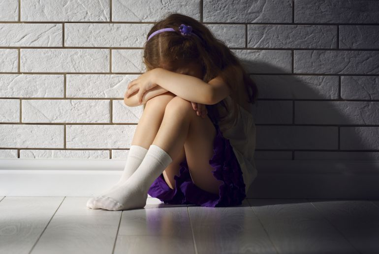 Isaías Lafuente: ¿Seis años de cárcel por violar diez veces a una niña?
