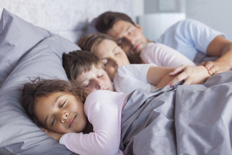 ¿Practicar o no colecho con sus hijos?