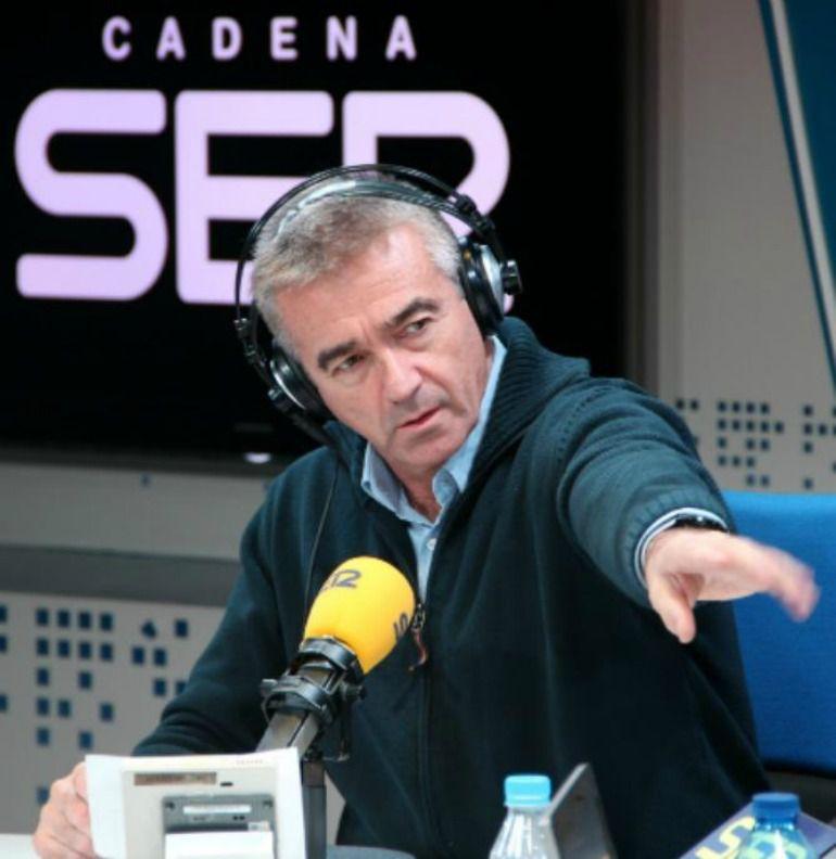 Francino cumple en 'Todo por la radio' con la tradición del Rinrín Day