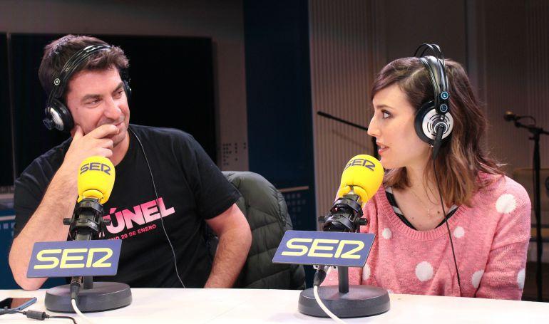 Arturo Valls y Natalia de Molina, en el estudio de 'La Ventana'