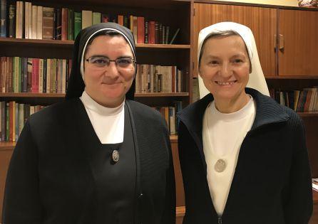 Sor Blanca y Sor Carmen de la congregación Siervas de Jesús
