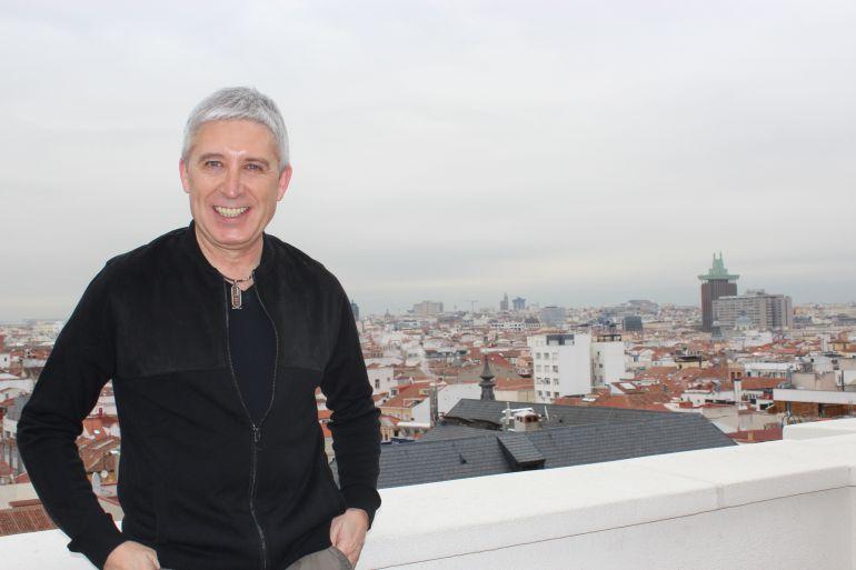 Javier Herrero, Javi de Pecos, vuelve a subirse a los escenarios para celebrar sus 40 años de carrera musical
