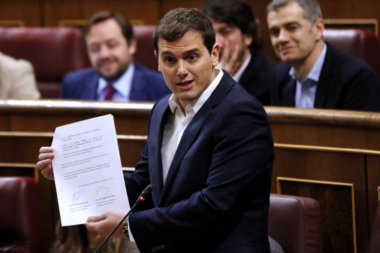 Ciudadanos, el partido 'jopeta', descubre que Rajoy no quiere investigar el 'caso Bárcenas'