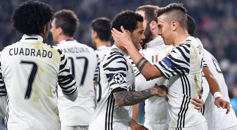 Los jugadores de la Juventus celebran un gol en Turín
