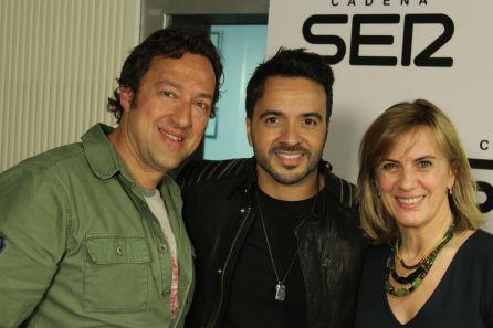 Luis Fonsi junto a José Antonio Ponseti y Gemma NIerga