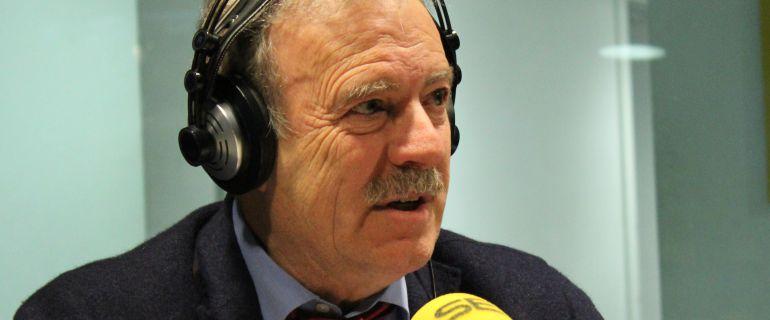 Manuel Campo Vidal, en uno de los estudios de la Gran Vía madrileña.