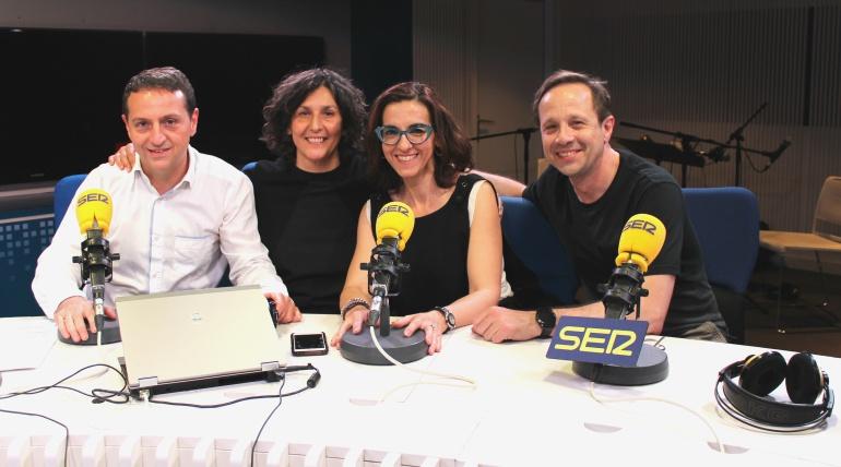 De izquierda a derecha: Roberto Sánchez, Elvira Mínguez, Llum Barrera y Patxi Freytez.