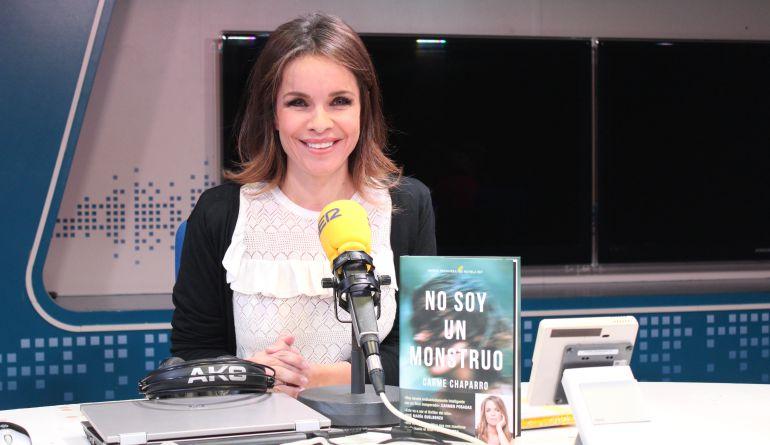 La periodista, Carme Chaparro, presenta su novela 'No soy un monstruo', con la que ha ganado el Premio Primavera de Novela.