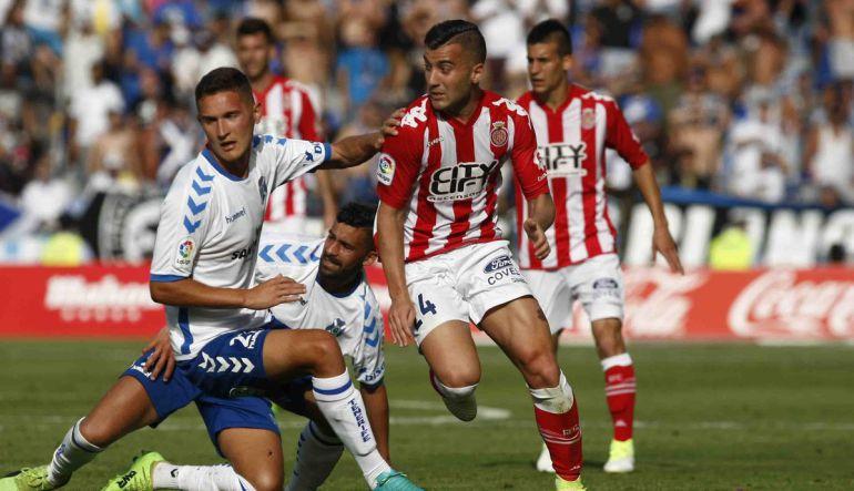 Momento del partido entre el Tenerife y el Girona