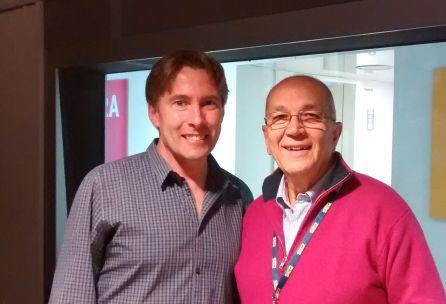 Javier del Pino y José Luis Corzo en los estudios de Radio Madrid
